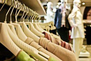 La moda adelanta las rebajas de verano