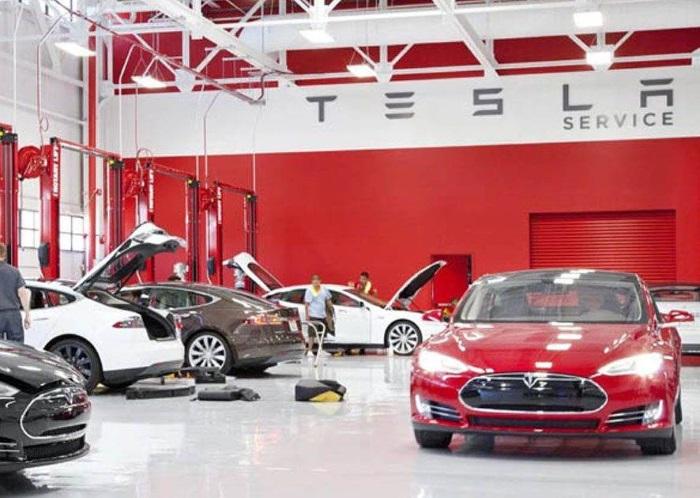 Vozpópuli informa sobres la reducción de plantilla de Tesla
